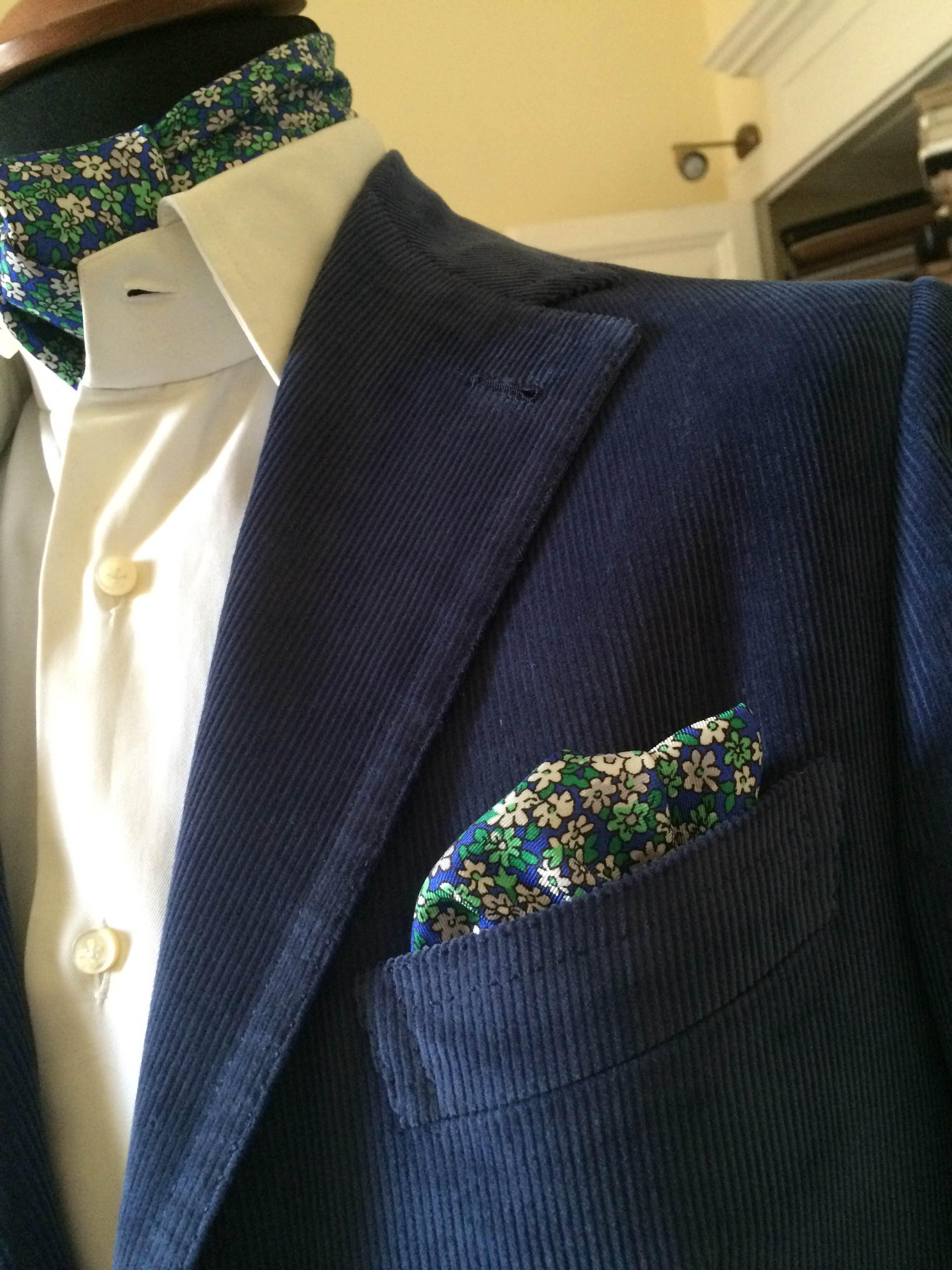 Giacca in velluto azzurro sartoria napoletana Sartoria Antonelli, artigiano, sarto, sartoria lello antonelli, sartoria artigianale, abiti su misura, artigianato napoletano, napoli