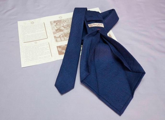 Cravatte Tinta unita e Fantasia